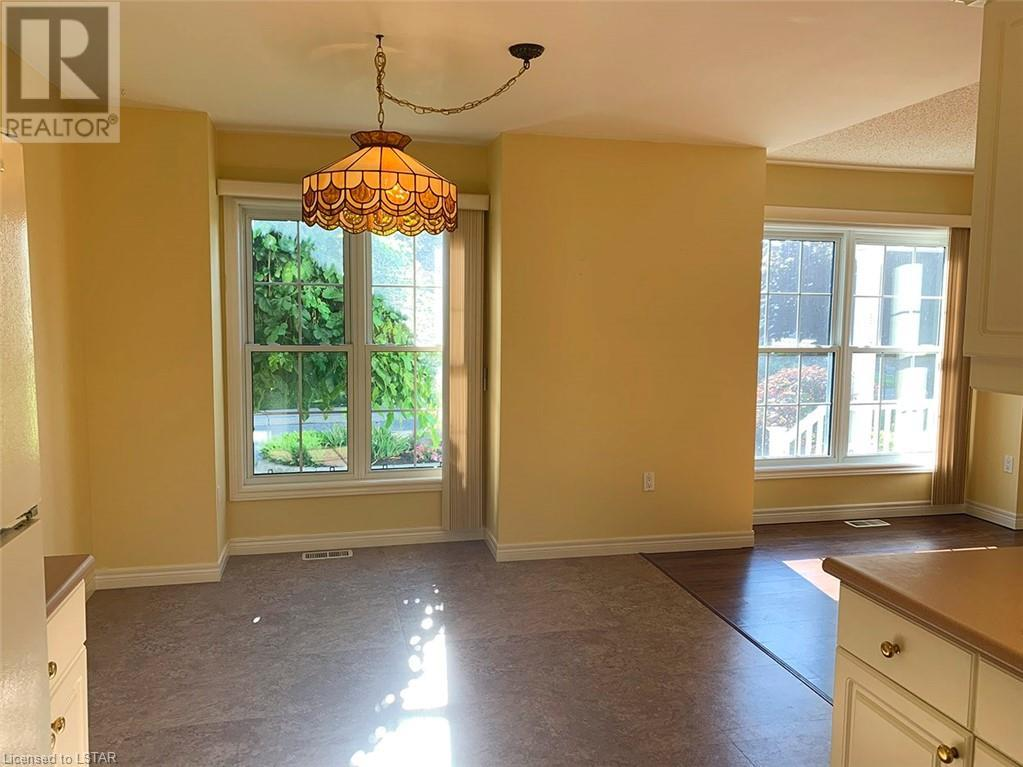 Listing 40009271 - Thumbmnail Photo # 7