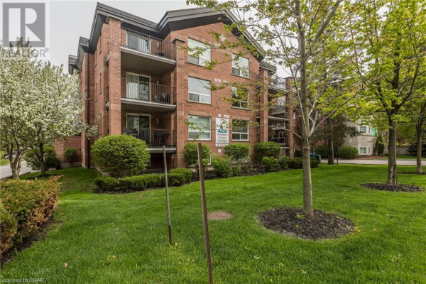 117 EDGEHILL Drive Unit# 203, Barrie