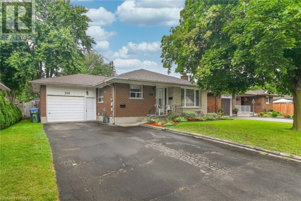 216 VICTORIA Road N, Guelph