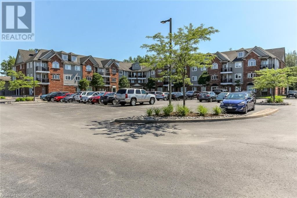 16 WESTBURY Road Unit# 114, Wasaga Beach