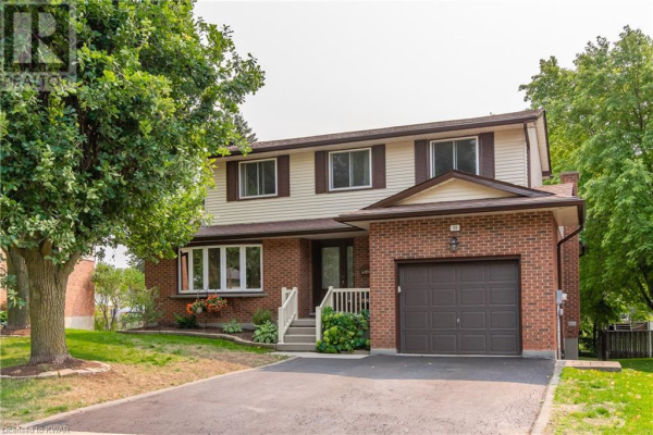 35 MARTINGLEN Crescent, Kitchener