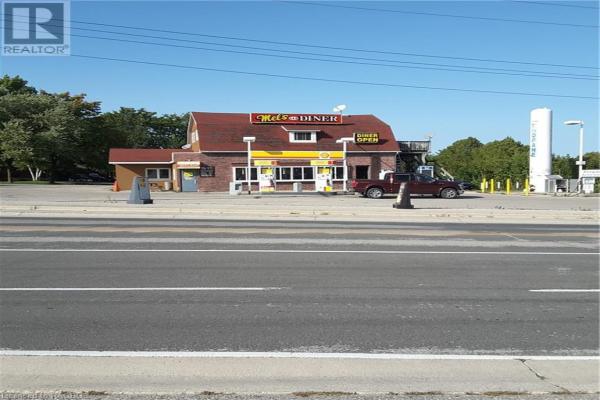 4 KINCARDINE Highway, Walkerton
