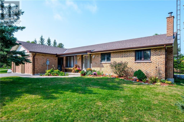 1794 YOUNGS POINT Road, Lakefield
