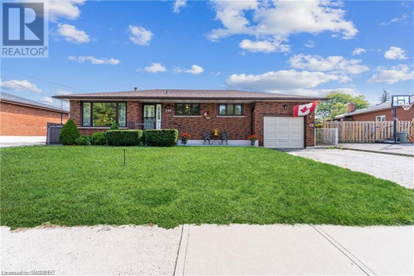 246 POTTRUFF Road N, Hamilton