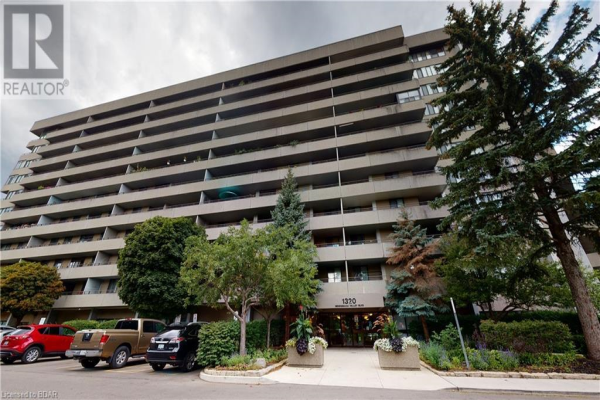 1320 MISSISSAUGA VALLEY Boulevard Unit# 804, Mississauga