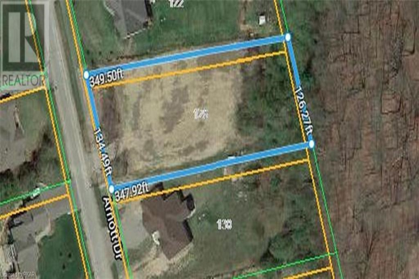 126 ARNOTT Drive, Ennismore Township