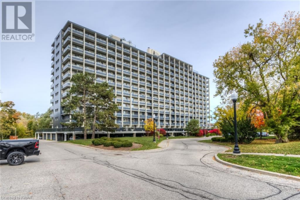 58 BRIDGEPORT Road E Unit# 806, Waterloo