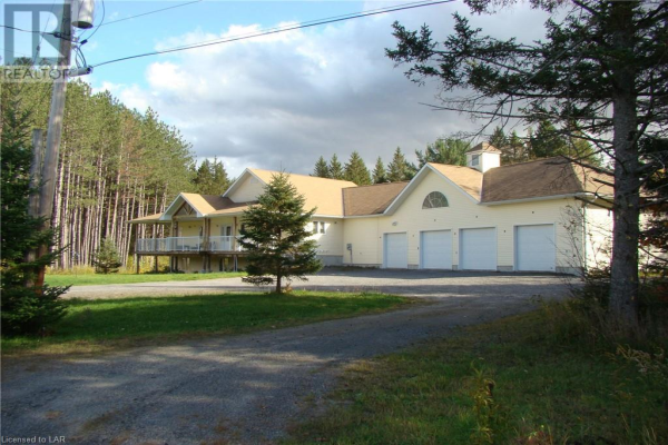 33 SMITHS Road, Parry Sound