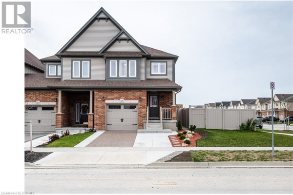 23 CROSSWINDS DRIVE Drive, Kitchener