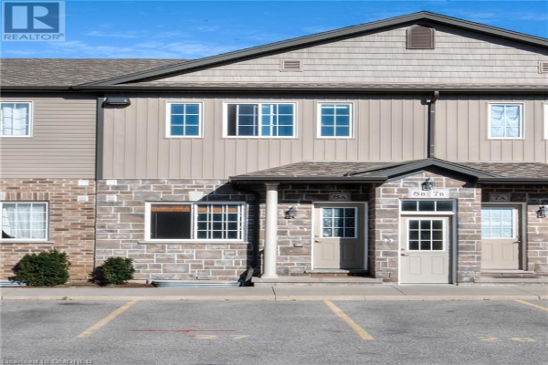 1180 COUNTRYSTONE Drive Unit# 8A, Kitchener