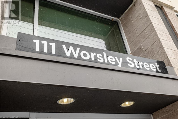 111 WORSLEY Street Unit# 613, Barrie