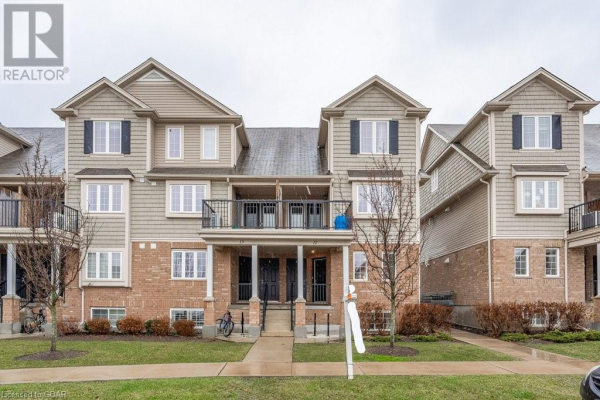 15 CARERE Crescent Unit# 17B, Guelph