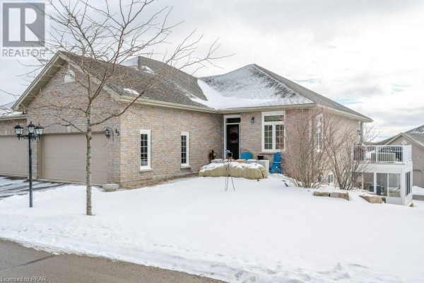 301 CARNEGIE Avenue Unit# 65, Peterborough