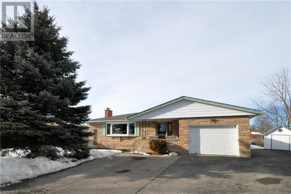 22 HAMPTON Place, Kitchener