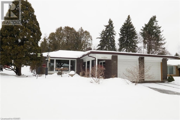 208 FOREST HILL Drive, Kitchener