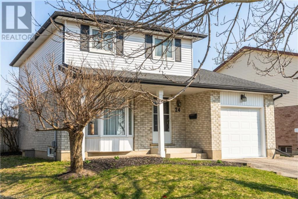 24 RUSHBROOK Drive, Kitchener