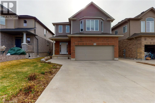 303 THORNHILL Place, Waterloo