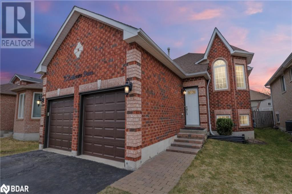 25 CATHERINE Drive, Barrie