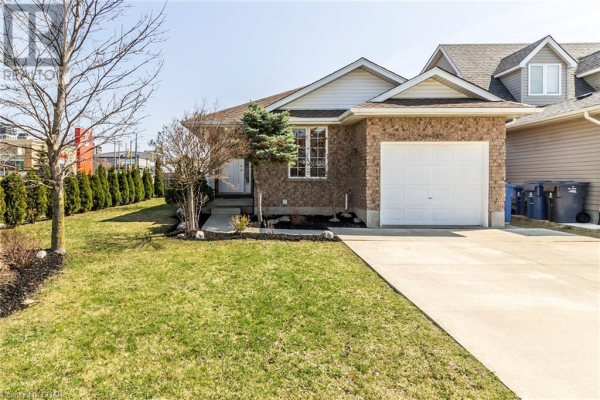 23 DOYLE Drive, Guelph