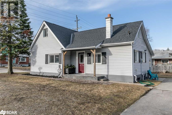 46 CAMPBELL Avenue, Barrie