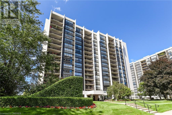 2185 MARINE Drive Unit# PH3, Oakville