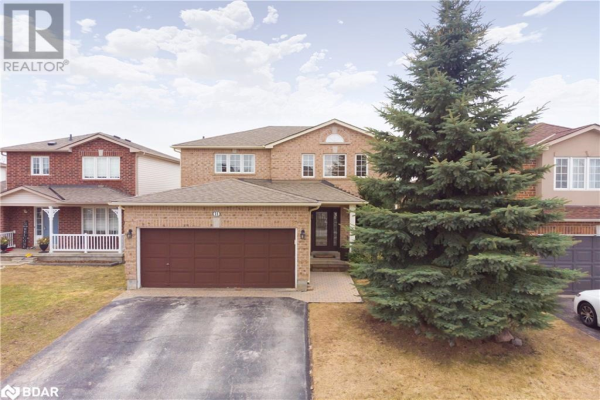 11 GOLDS Crescent, Barrie