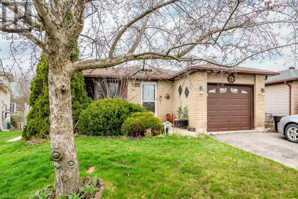 71 HICKLING Trail, Barrie