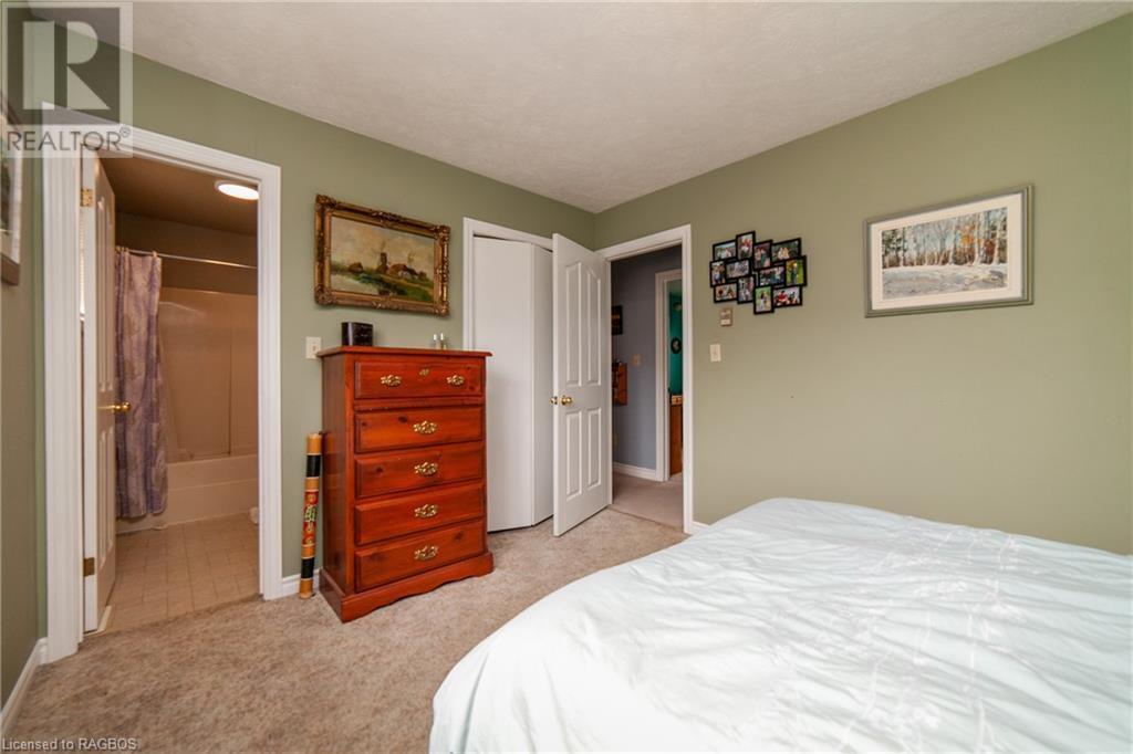Listing 40103532 - Large Photo # 10