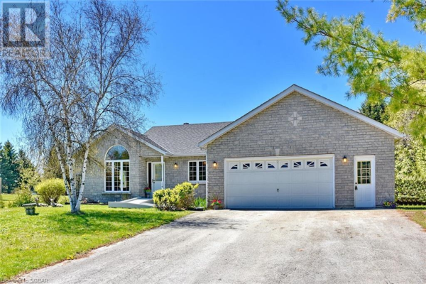 14 CLUB Court, Wasaga Beach
