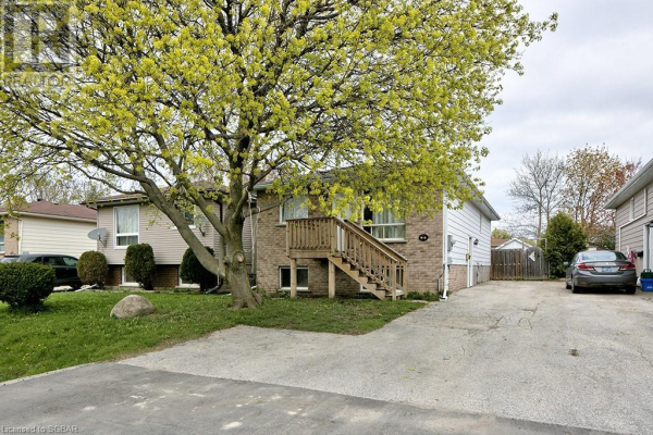 55 COURTICE Crescent, Collingwood
