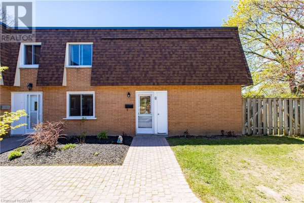 120 COUNTRY CLUB Drive Unit# 8, Guelph