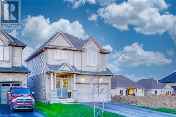 47 ASHBERRY Place, St. Thomas