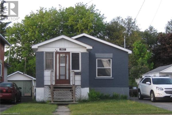 962 MAIN Street W, North Bay