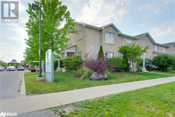 12F MARSELLUS Drive, Barrie