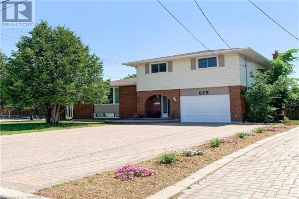 529 ELMWOOD Avenue, North Bay