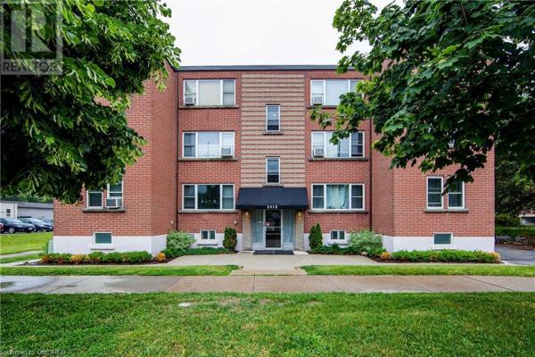 2418 NEW Street Unit# 5, Burlington