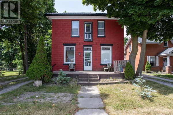 349 MAIN Street S, Mount Forest