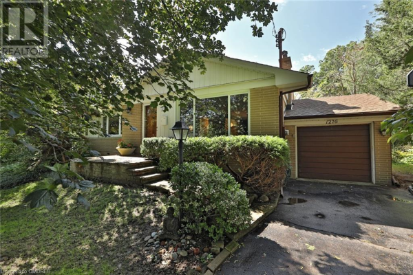 1276 TWIN OAKS DELL, Mississauga
