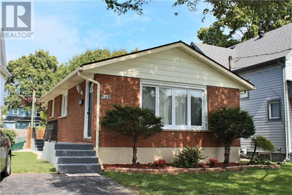 148 YOUNG Street, Welland