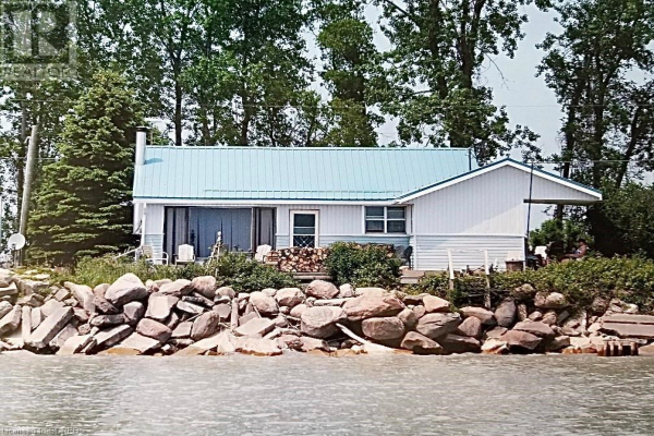 235 HASTINGS Drive, Long Point