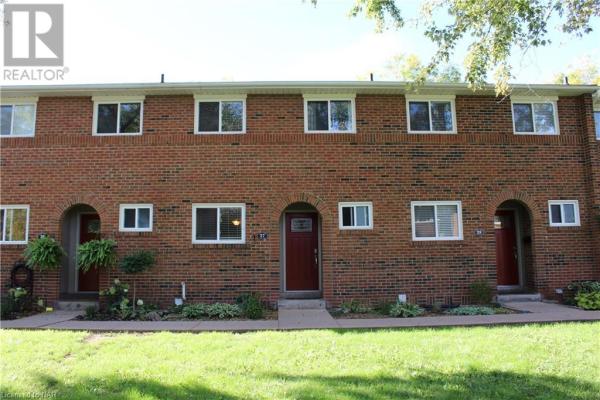 125 LIVINGSTON Avenue Unit# 27, Grimsby