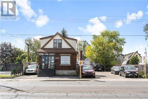 1306 BARTON Street E, Hamilton