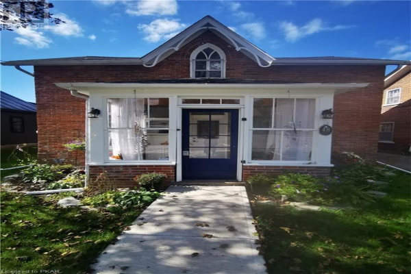 48 DOXSEE Avenue N, Campbellford