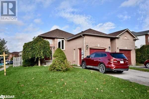 87 RUNDLE Crescent, Barrie