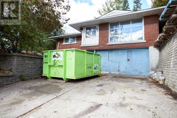 126 CEDAR Street S, Kitchener