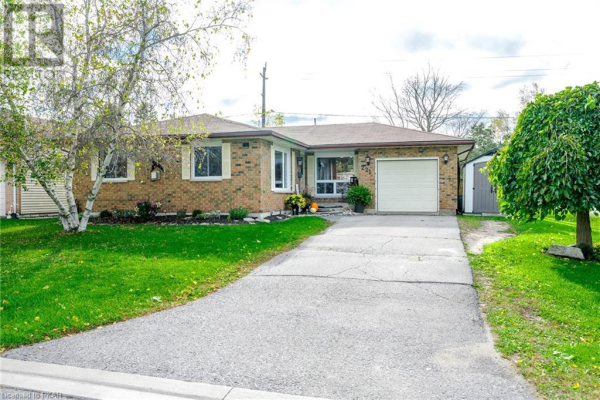 221 RUSSET Road, Campbellford
