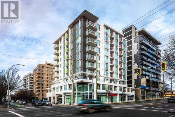 802-1090 Johnson St, Victoria
