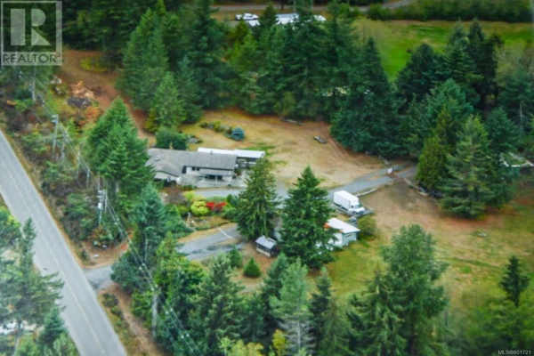 3152 York Rd, Campbell River