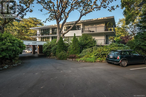 408 1159 Beach Dr, Oak Bay