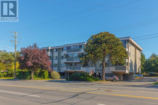 306 1525 Hillside Ave, Victoria